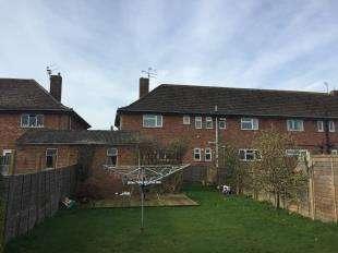 3 Bedrooms Maisonette Flat for sale in Orchard Way, Bognor Regis