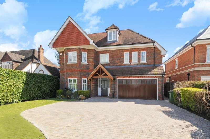 5 Bedrooms Detached House for sale in Ashley Park