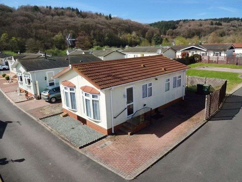 2 Bedrooms Detached Bungalow for sale in Severn Bank Park, Stourport-On-Severn DY13 8DD