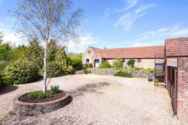 5 Bedrooms Detached House for sale in Highcroft View, West Woodlands