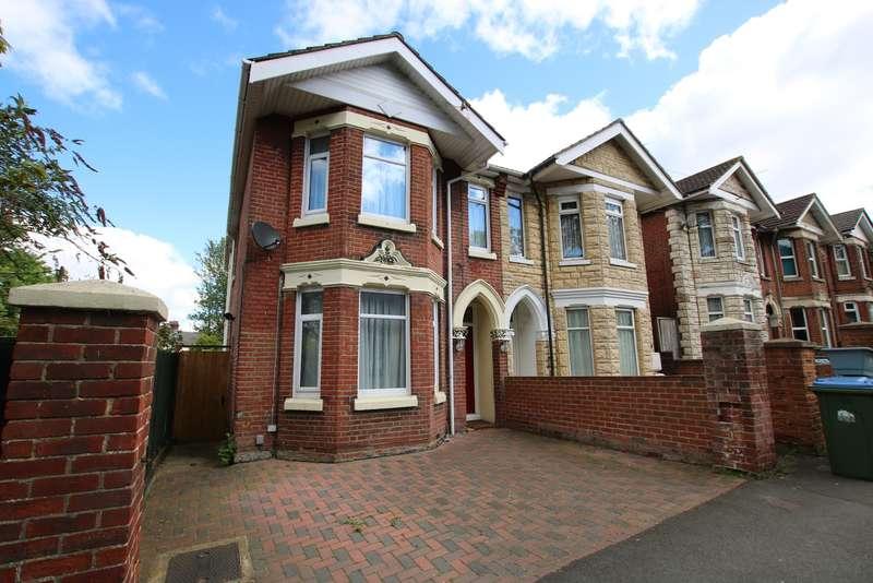 4 Bedrooms Semi Detached House for sale in Radstock Road, Woolston