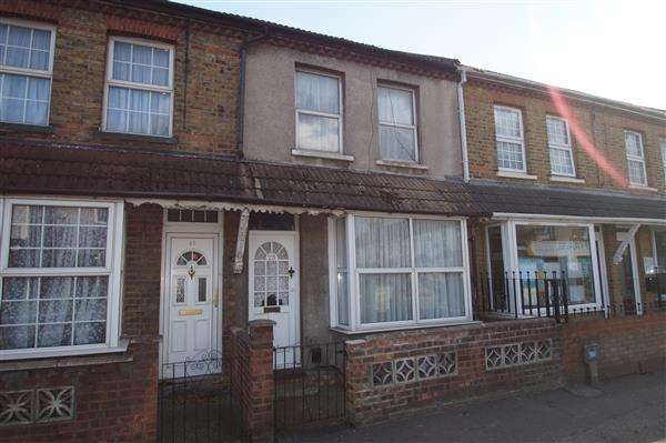 3 Bedrooms Terraced House for sale in Chalvey Road West, Slough