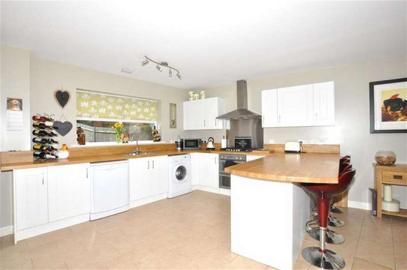 4 Bedrooms Detached House for sale in Hellingly