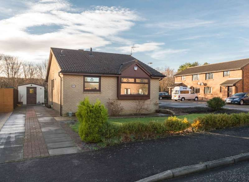 2 Bedrooms Bungalow for sale in Beachmont Court, Dunbar, East Lothian, EH42 1YF