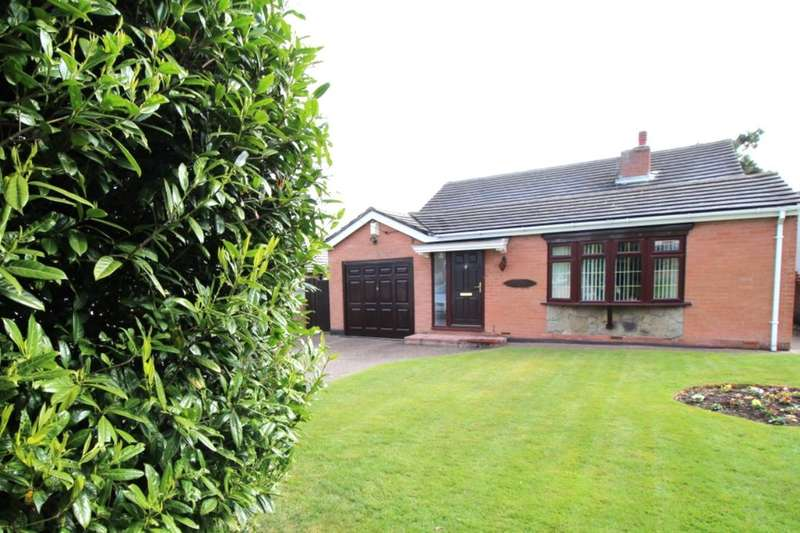 4 Bedrooms Detached Bungalow for sale in Tunbury Avenue, Walderslade, Chatham, ME5