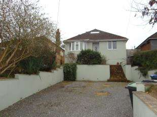 4 Bedrooms Detached House for sale in Ashford Road, Canterbury, Kent