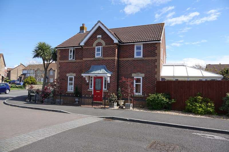 4 Bedrooms Detached House for sale in Azalea Road, Wick-st-Lawrence, Weston-super-Mare