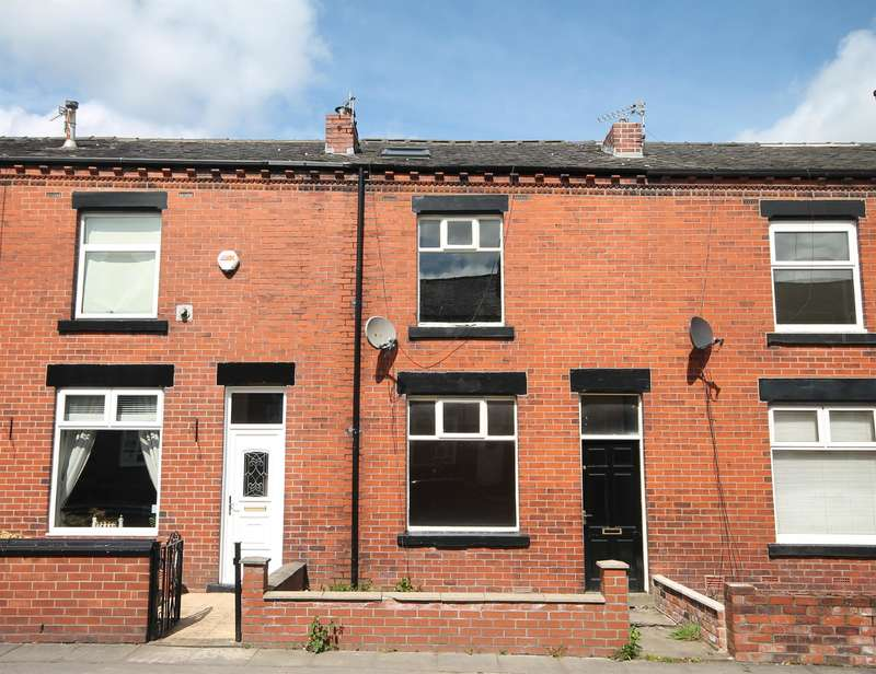 2 Bedrooms Terraced House for sale in Woodgate Street, Great Lever, Bolton, BL3 2HW