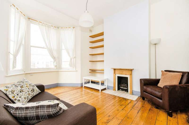 1 Bedroom Flat for sale in Charlton Church Lane, Charlton, SE7