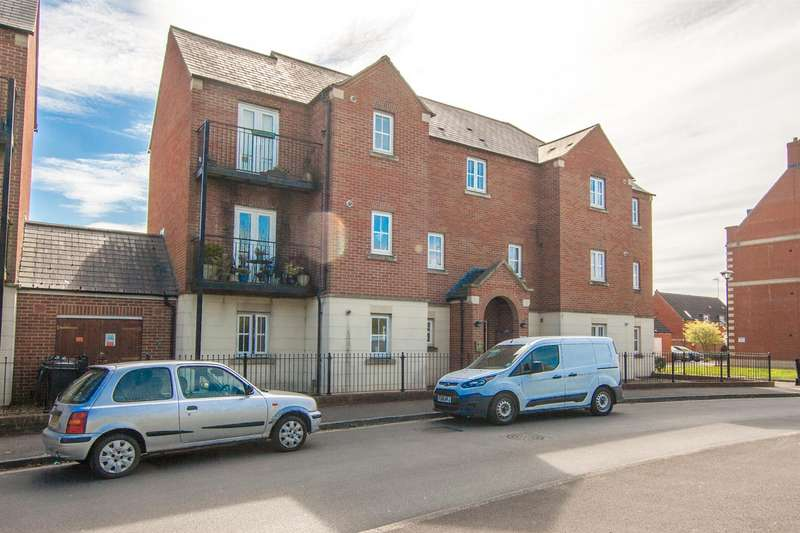 2 Bedrooms Flat for sale in Cassini Drive, Swindon