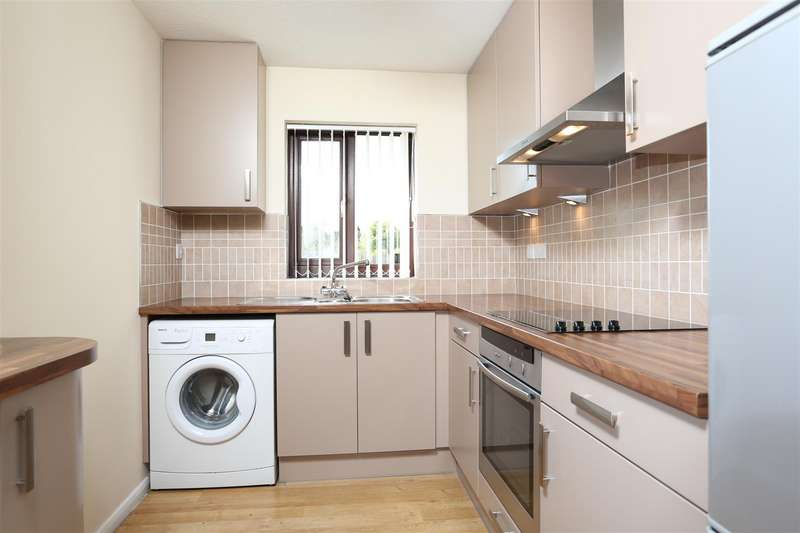 2 Bedrooms Flat for sale in Castle Mews, Wellingborough