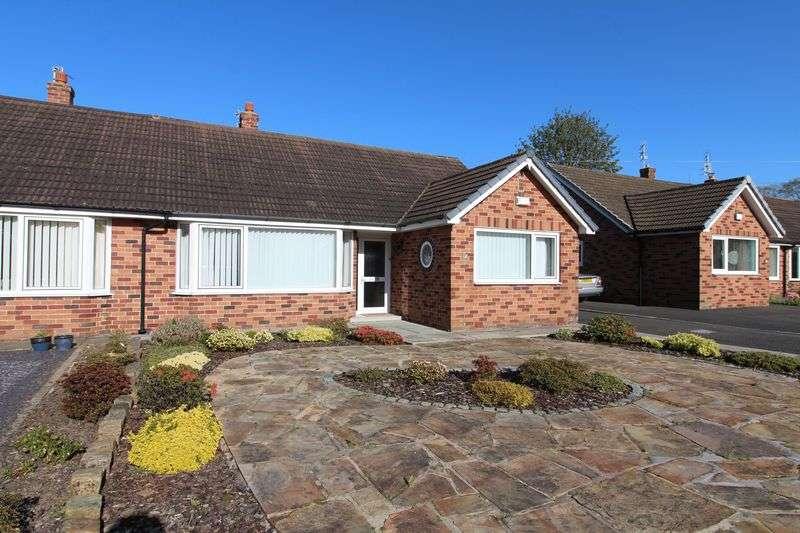 3 Bedrooms Semi Detached Bungalow for sale in Lanedale, Preston