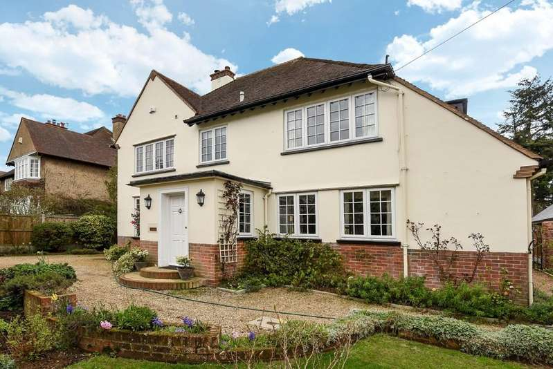 4 Bedrooms Detached House for sale in St Clare Road, Lexden, Colchester