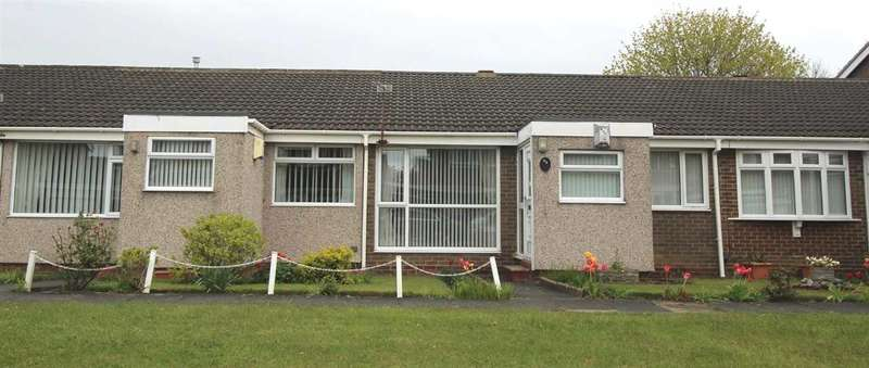 2 Bedrooms Bungalow for sale in Windermere Close, Southfield Lea, Cramlington