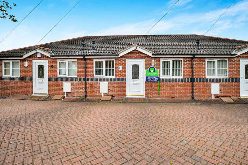 2 Bedrooms Bungalow for sale in Wood Street, Eastwood, Nottingham, NG16