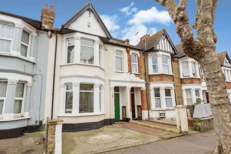 4 Bedrooms Terraced House for sale in Kilworth Avenue, Southend-On-Sea