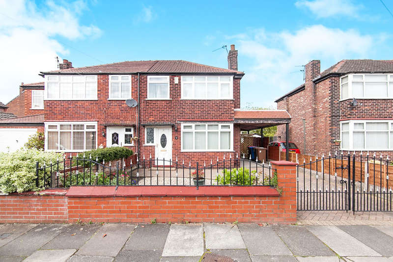 3 Bedrooms Semi Detached House for sale in Dryden Avenue, MANCHESTER, M27