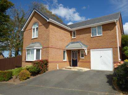 4 Bedrooms Detached House for sale in Llys Tregarnedd, Llangefni, Sir Ynys Mon, United Kingdom, LL77