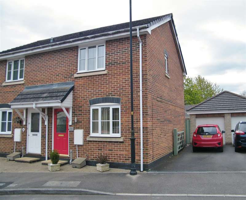 2 Bedrooms Property for sale in Springfield Drive, Calne