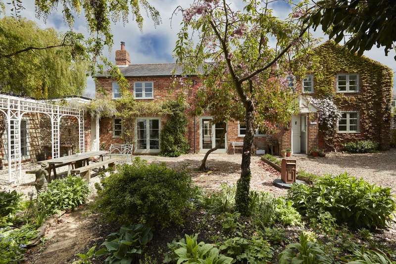 6 Bedrooms Barn Conversion Character Property for sale in Cooks Wharf, Buckinghamshire