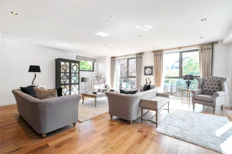 2 Bedrooms Flat for sale in Gateway House, Regents Park Road, London, N3