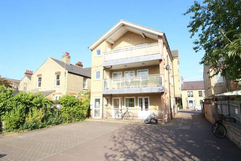 3 Bedrooms Apartment Flat for sale in Elizabeth Way, Cambridge