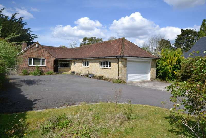 3 Bedrooms Detached Bungalow for sale in Runcton, Nr. Chichester