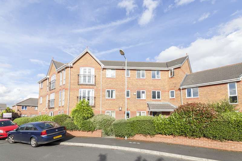 2 Bedrooms Apartment Flat for sale in Greetland Drive, Blackley, Greater Manchester, M9