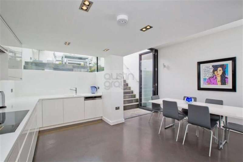 4 Bedrooms House for sale in Clifton Street, Brighton, East Sussex
