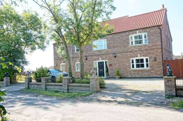 4 Bedrooms Detached House for sale in Hodgetoft Lane, Alford, Lincolnshire, LN13 0JR