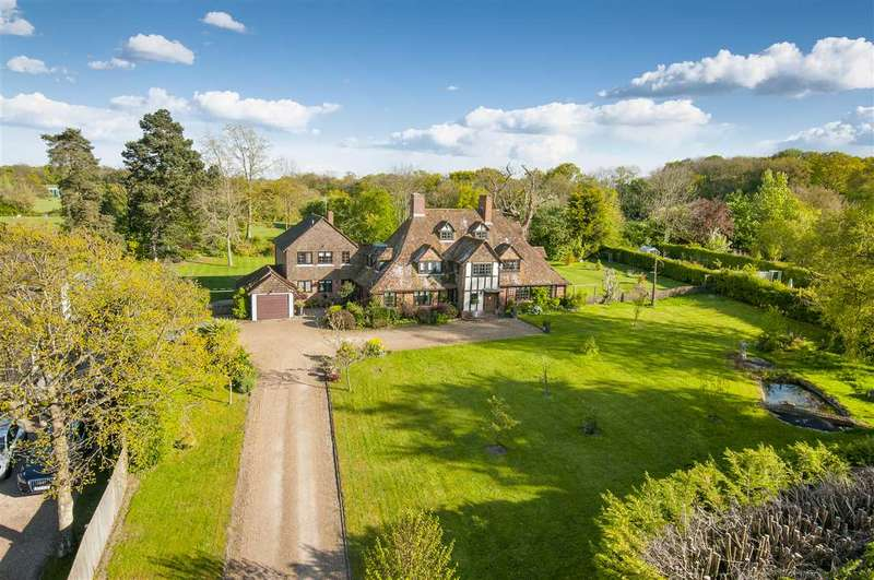 6 Bedrooms Country House Character Property for sale in Old Barn House, Pluckley Road, Charing