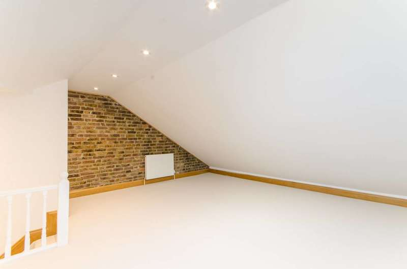 3 Bedrooms Flat for sale in Ulysses Road, West Hampstead, NW6