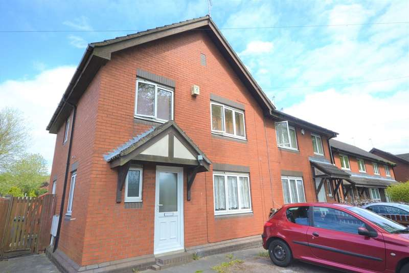 3 Bedrooms Semi Detached House for sale in Hallam Crescent East