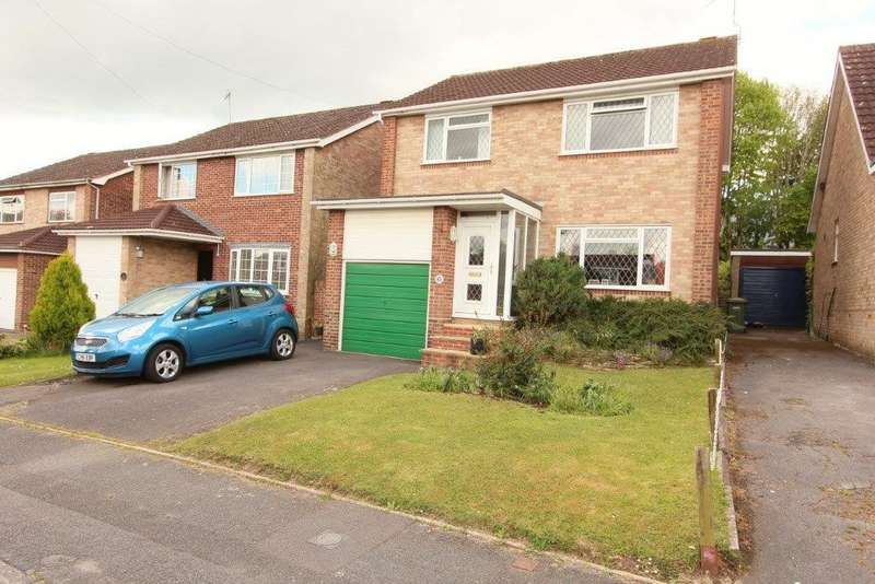 4 Bedrooms Detached House for sale in Tanhouse Close, Hedge End SO30