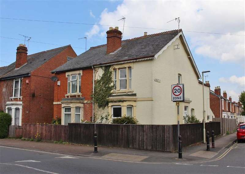 2 Bedrooms Semi Detached House for sale in Tredworth Road, Tredworth, Gloucester