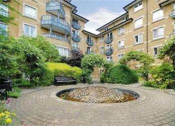 1 Bedroom Flat for sale in Admiral Walk, London