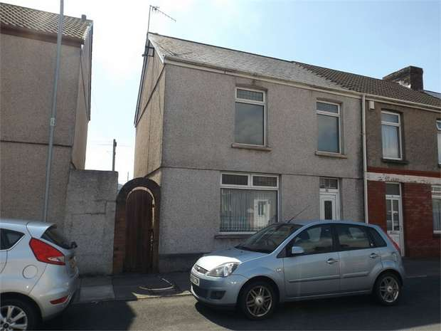 3 Bedrooms End Of Terrace House for sale in Pendarvis Terrace, Aberavon, Port Talbot, West Glamorgan