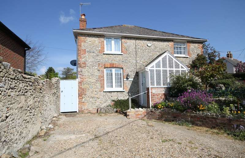 2 Bedrooms Semi Detached House for sale in Niton, Isle of Wight