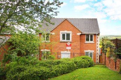 4 Bedrooms Detached House for sale in Kentmere Way, Staveley, Chesterfield, Derbyshire