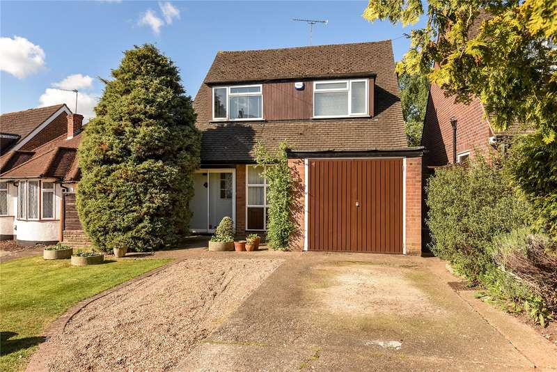 3 Bedrooms House for sale in Fore Street, Pinner, Middlesex, HA5