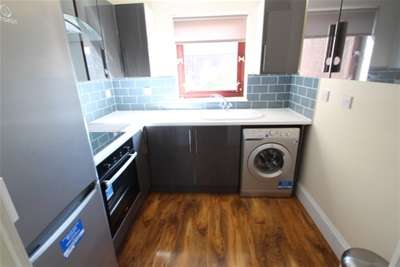 2 Bedrooms Flat for rent in Albion Gate, MERCHANT CITY