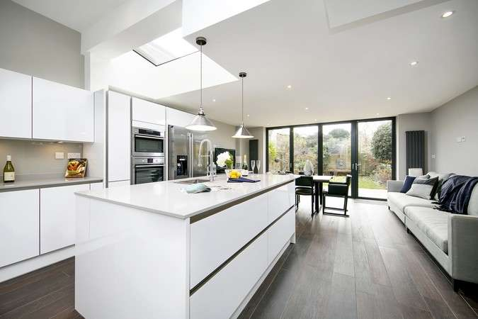 5 Bedrooms Semi Detached House for sale in St. Marys Grove, Chiswick
