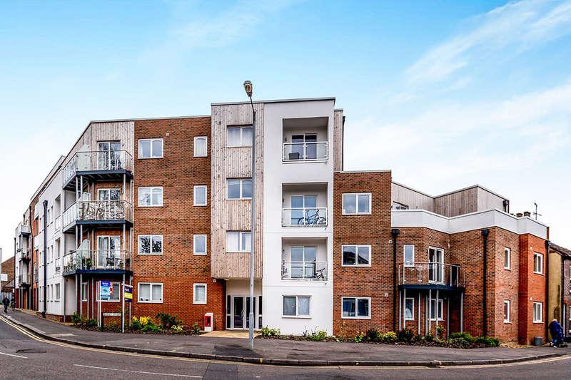 1 Bedroom Flat for sale in Dudley Street, Luton, LU2