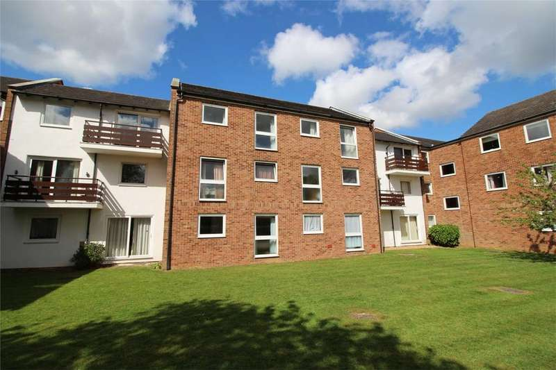 2 Bedrooms Flat for sale in Malting Mead, Endymion Road, HATFIELD, Hertfordshire