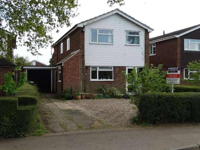 4 Bedrooms Link Detached House for sale in Headcorn, Kent