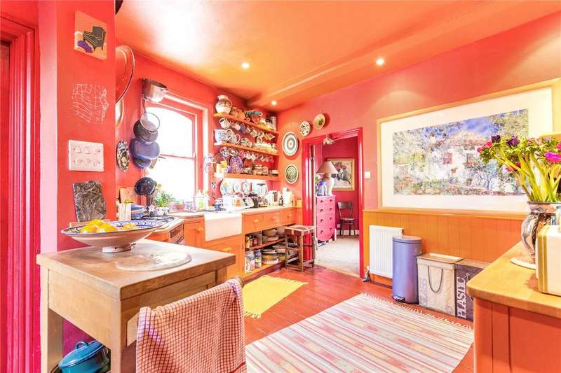 2 Bedrooms House for sale in Vallance Road, London, E1
