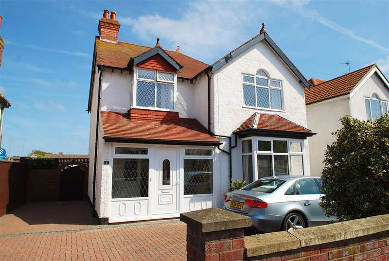 4 Bedrooms Detached House for sale in Sea View Road, Skegness