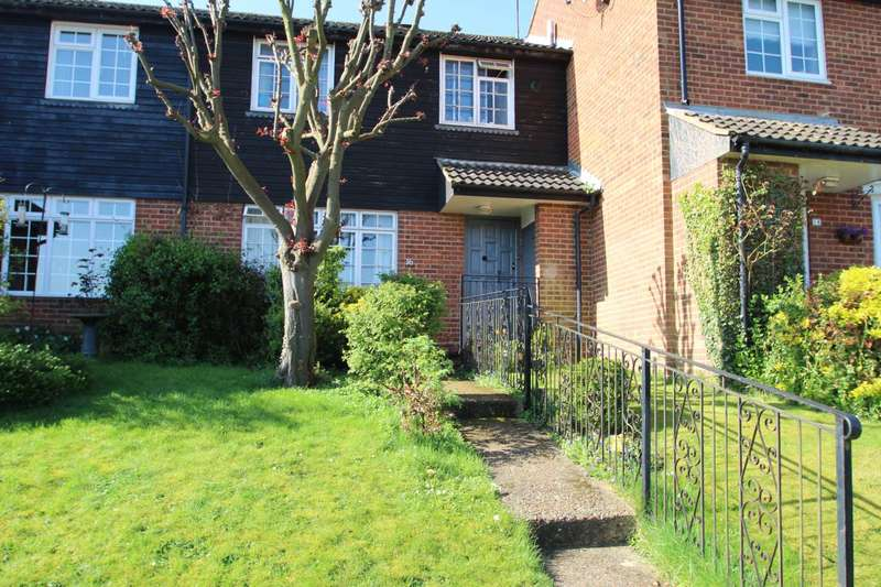 3 Bedrooms Terraced House for sale in London Road, Markyate, Hertfordshire, AL3 8LZ
