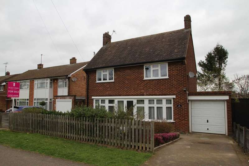 3 Bedrooms Detached House for sale in Bedford Road, Letchworth, Hertfordshire, SG6 4DU