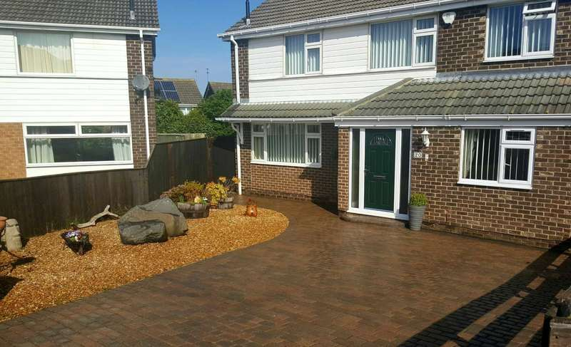 4 Bedrooms Detached House for sale in ***REDUCED*** St Annes Road, New Marske